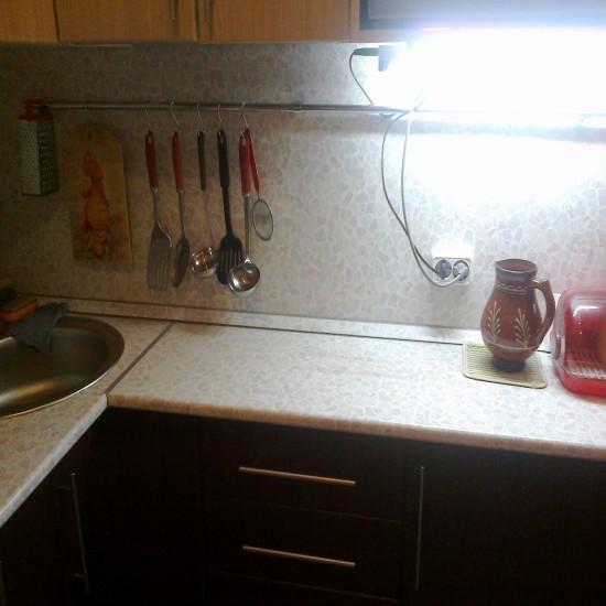 На кухне рабочая зона своими руками