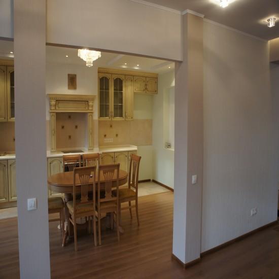 Как сделать вход в кухню без дверей фото