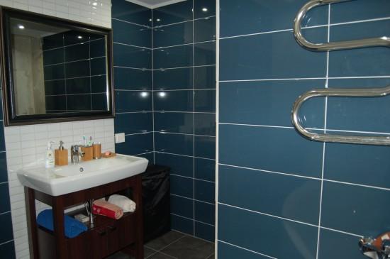 Совмещенные ванные комнаты с декором