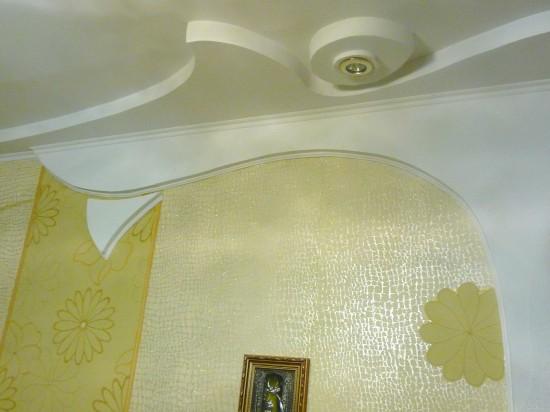 Как сделать круглые углы на потолке