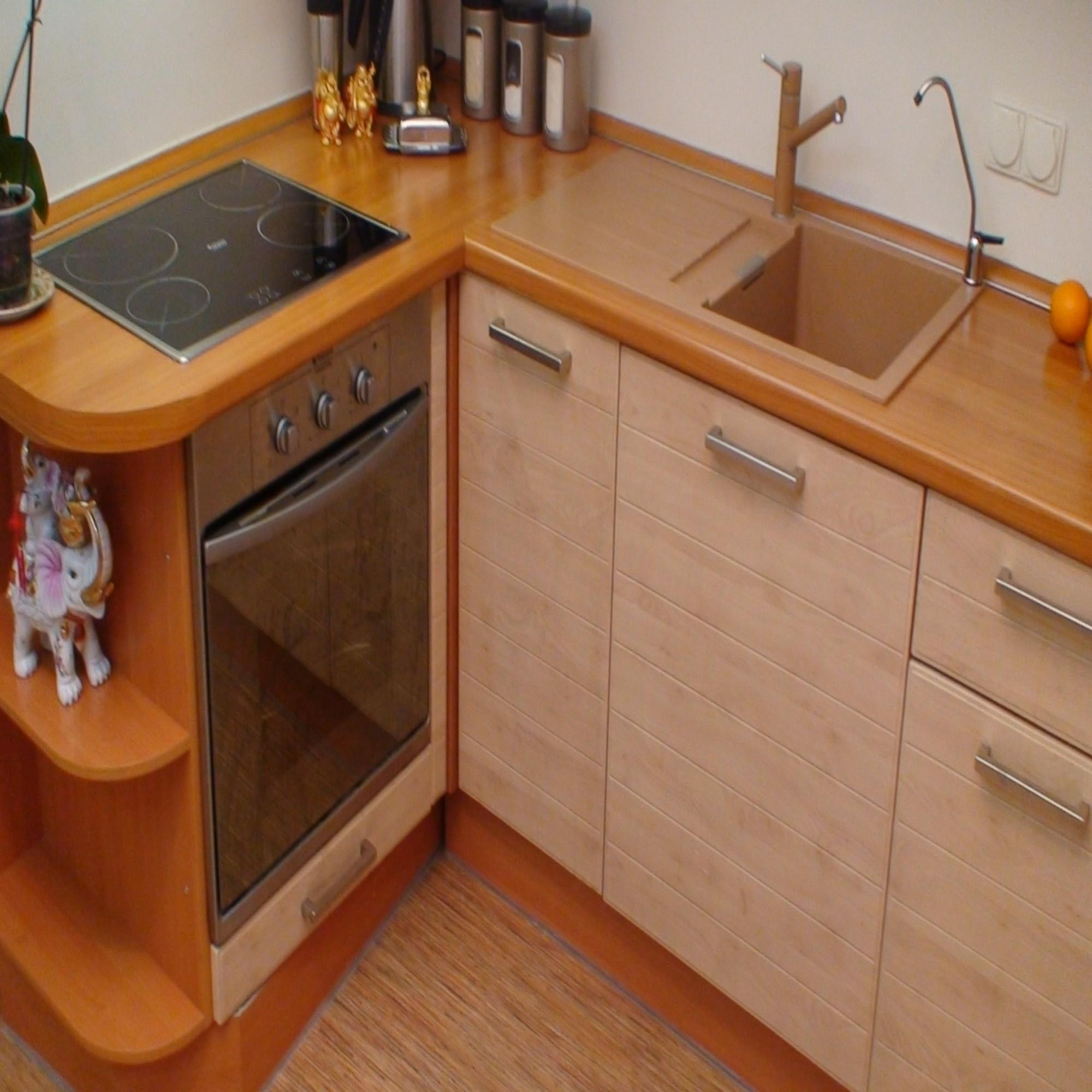 Экономия пространства на кухне своими руками