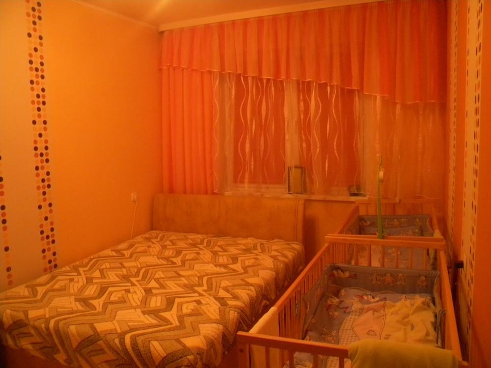 Дизайн маленькой комнаты для родителей