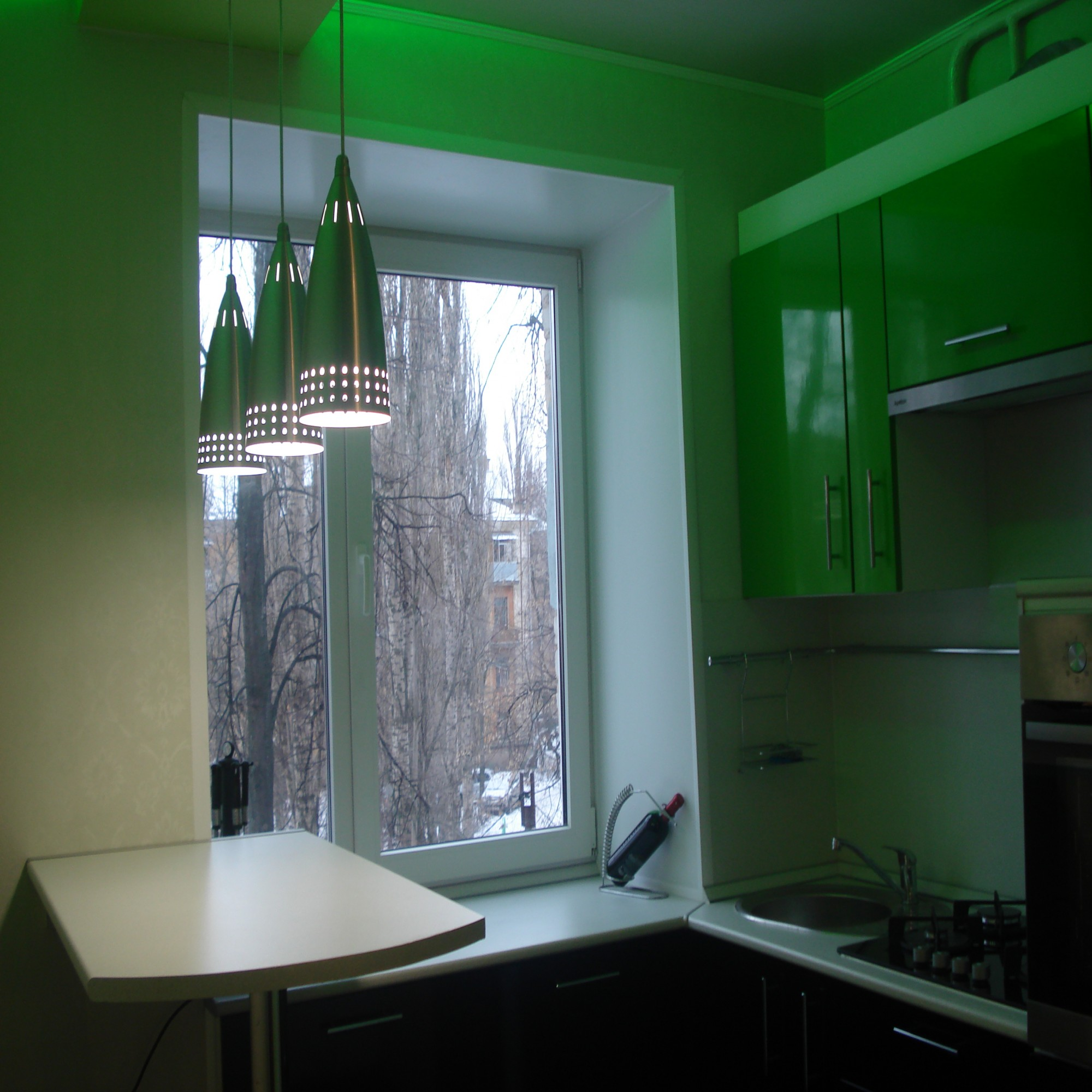 Кухни 6 кв м дизайн с газовой колонкой