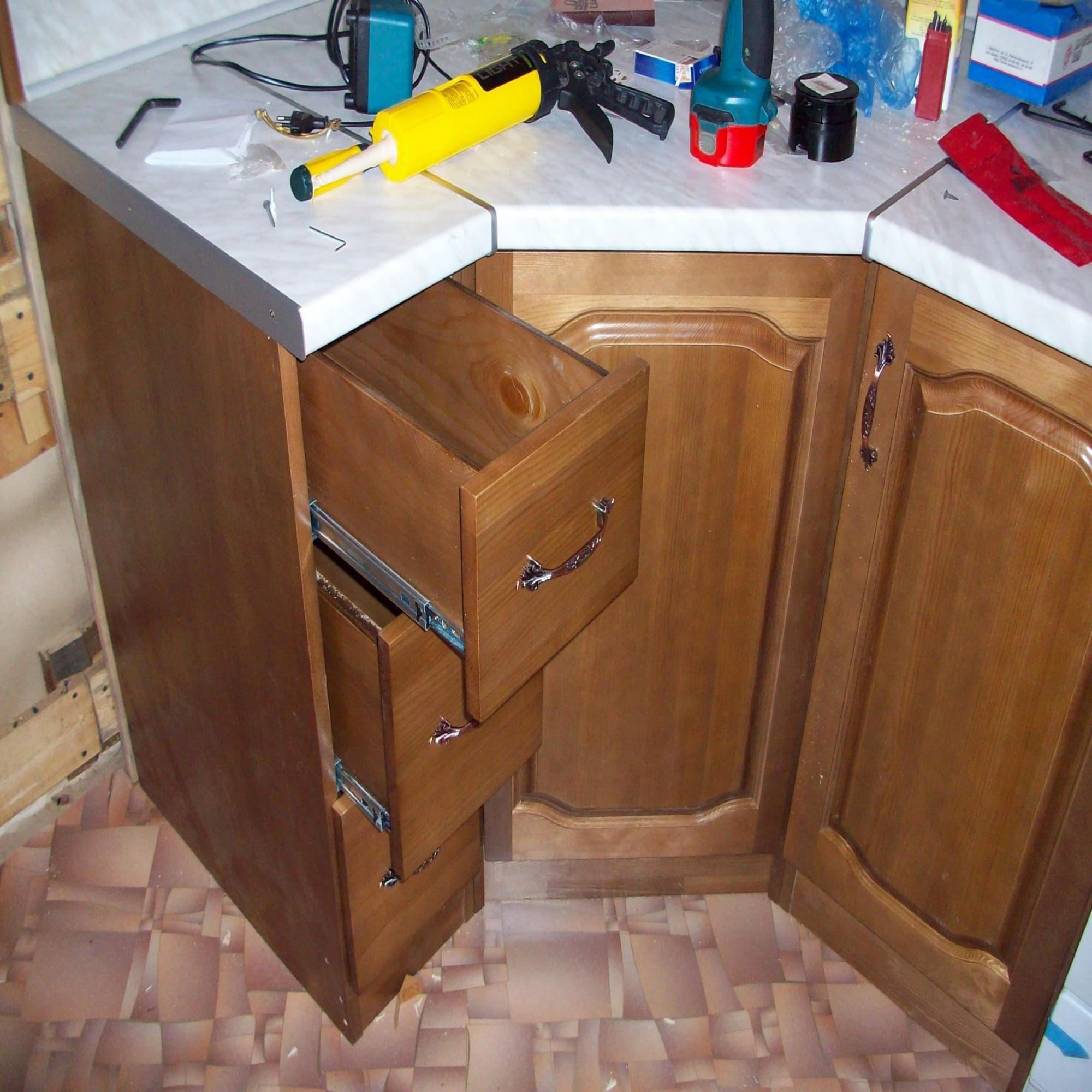 Как сделать нижнюю тумбу на кухню
