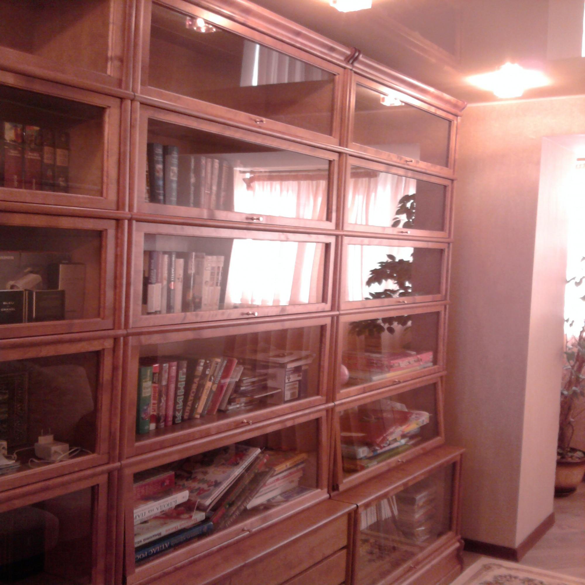 """Стенка - книжный шкаф """" кабинет в классическом стиле """" интер."""