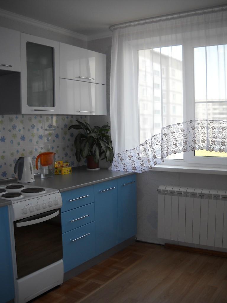 Новая лаконичная кухня кухня в