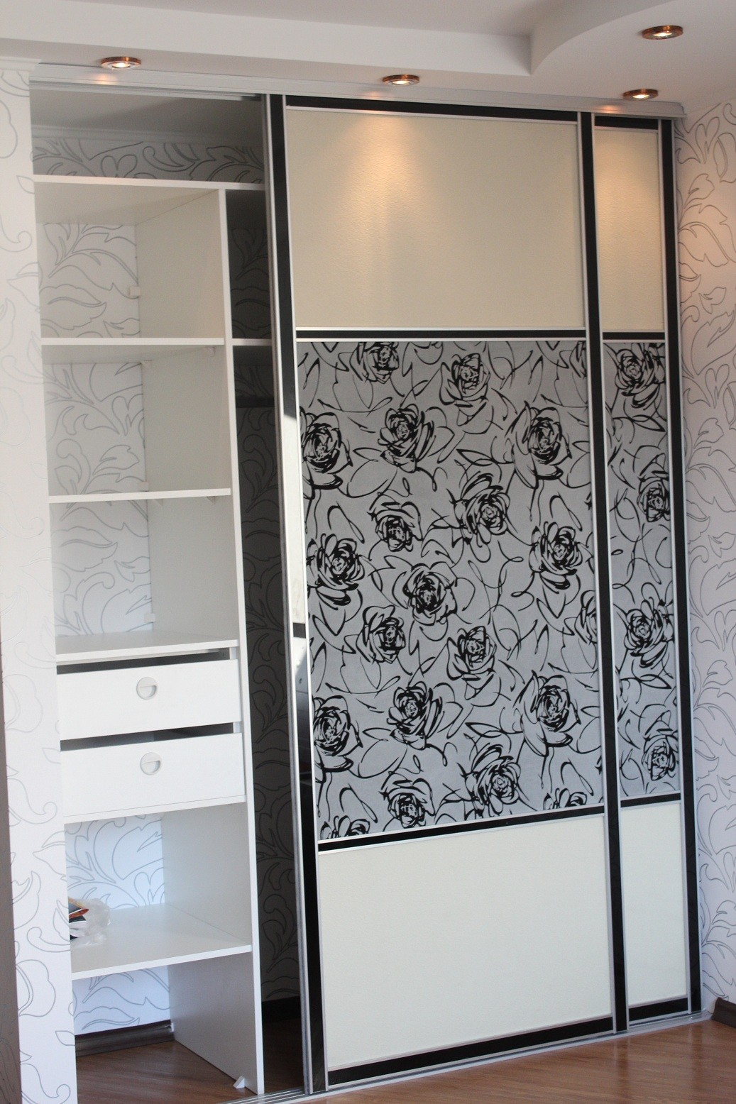 мебели - шкаф белый в спальню на заказ