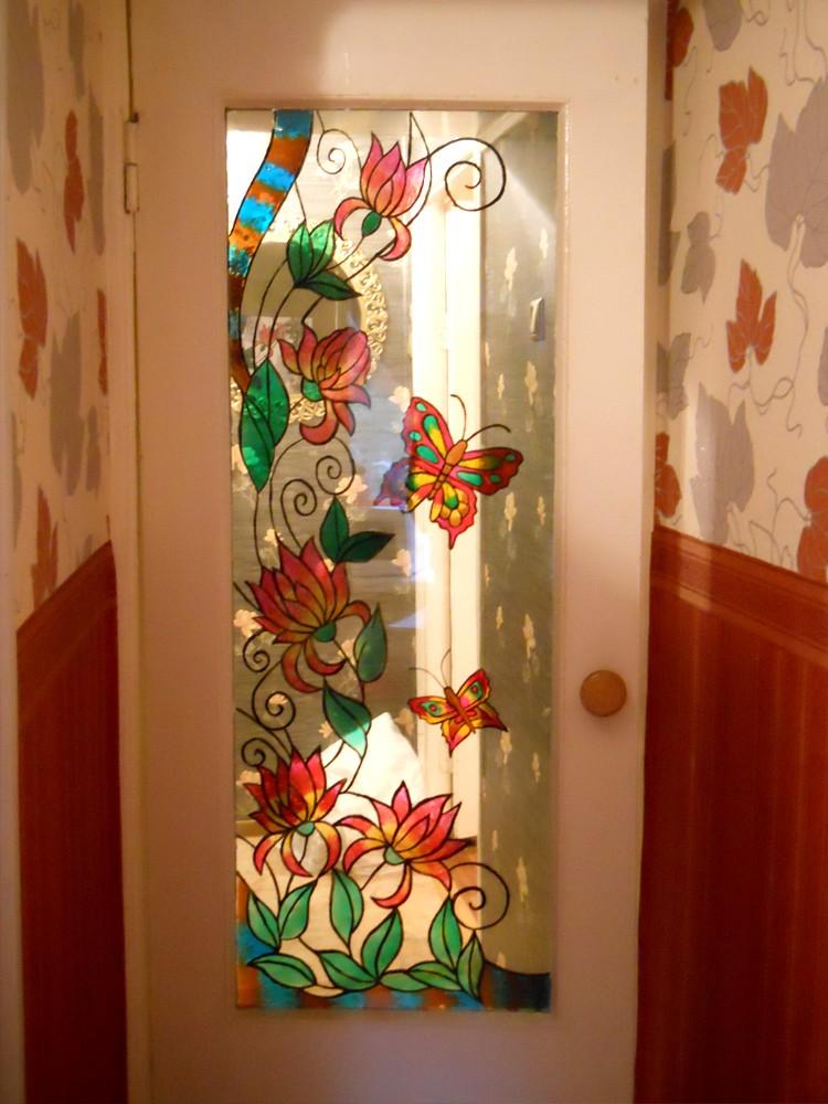 Как украсить стеклянную дверь своими руками
