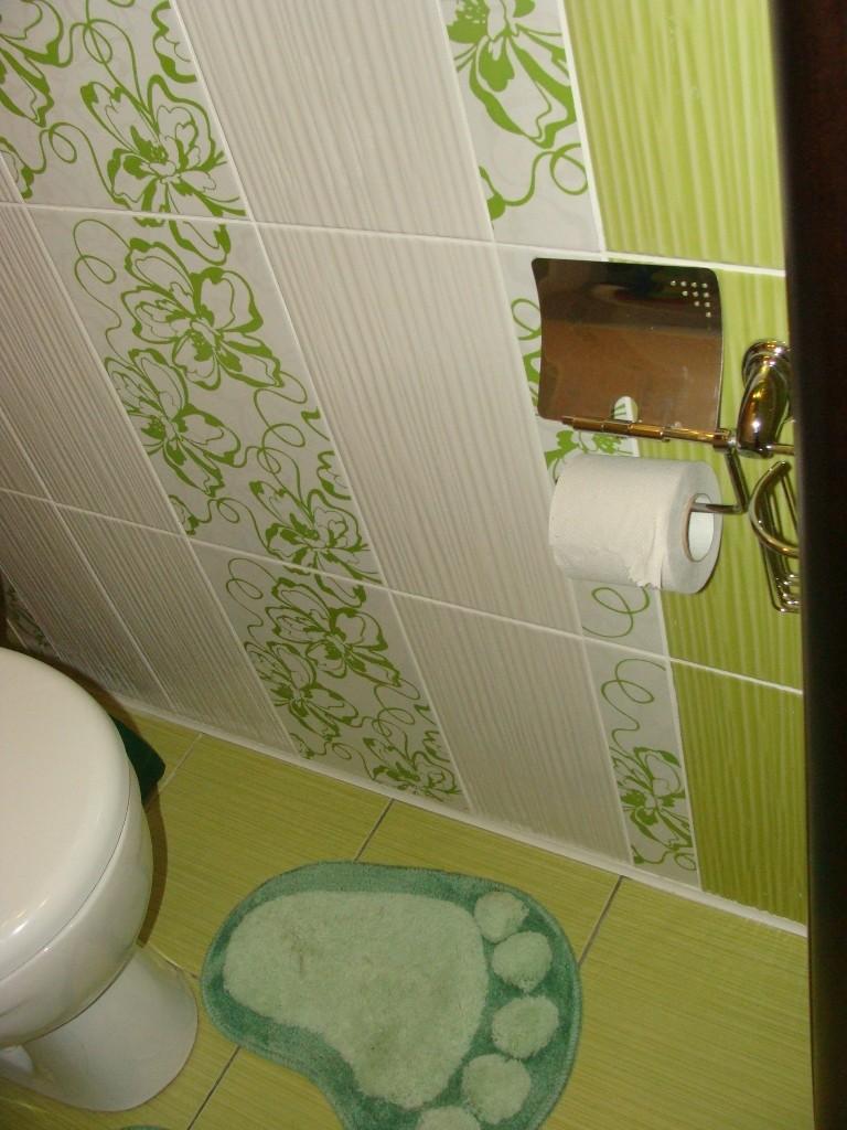 ... в туалете, как класть плитку в туалете: childes.ru/vanna-tualet-plitka-foto.html