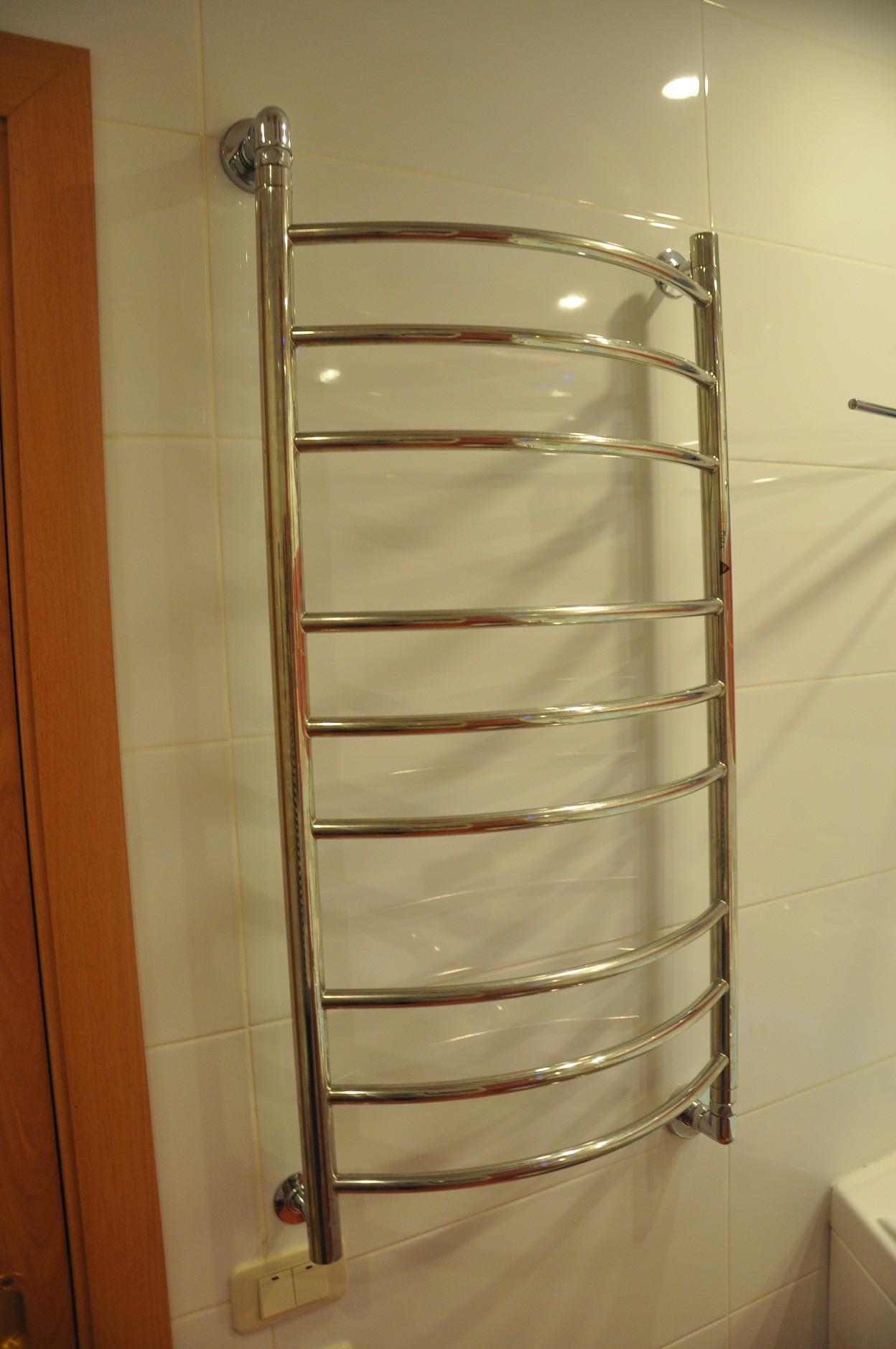 Для полотенец в ванную своими руками
