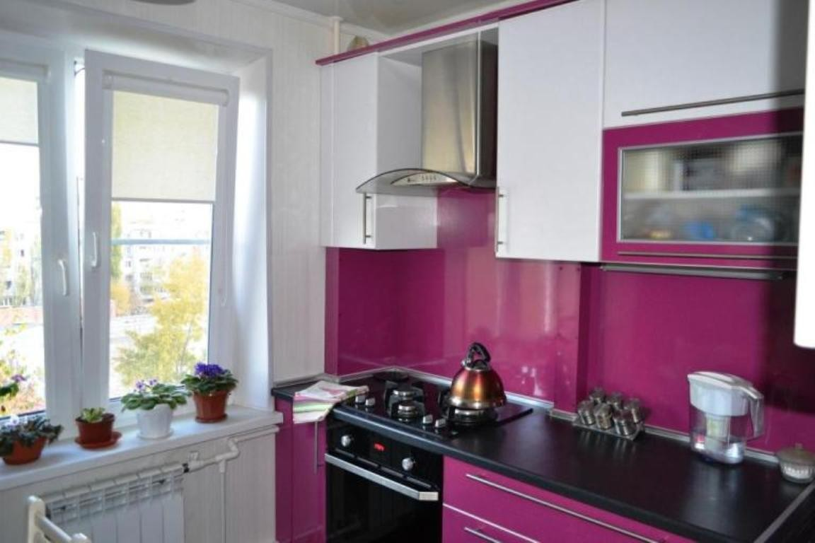 Кухни дизайн фото цвет фуксия