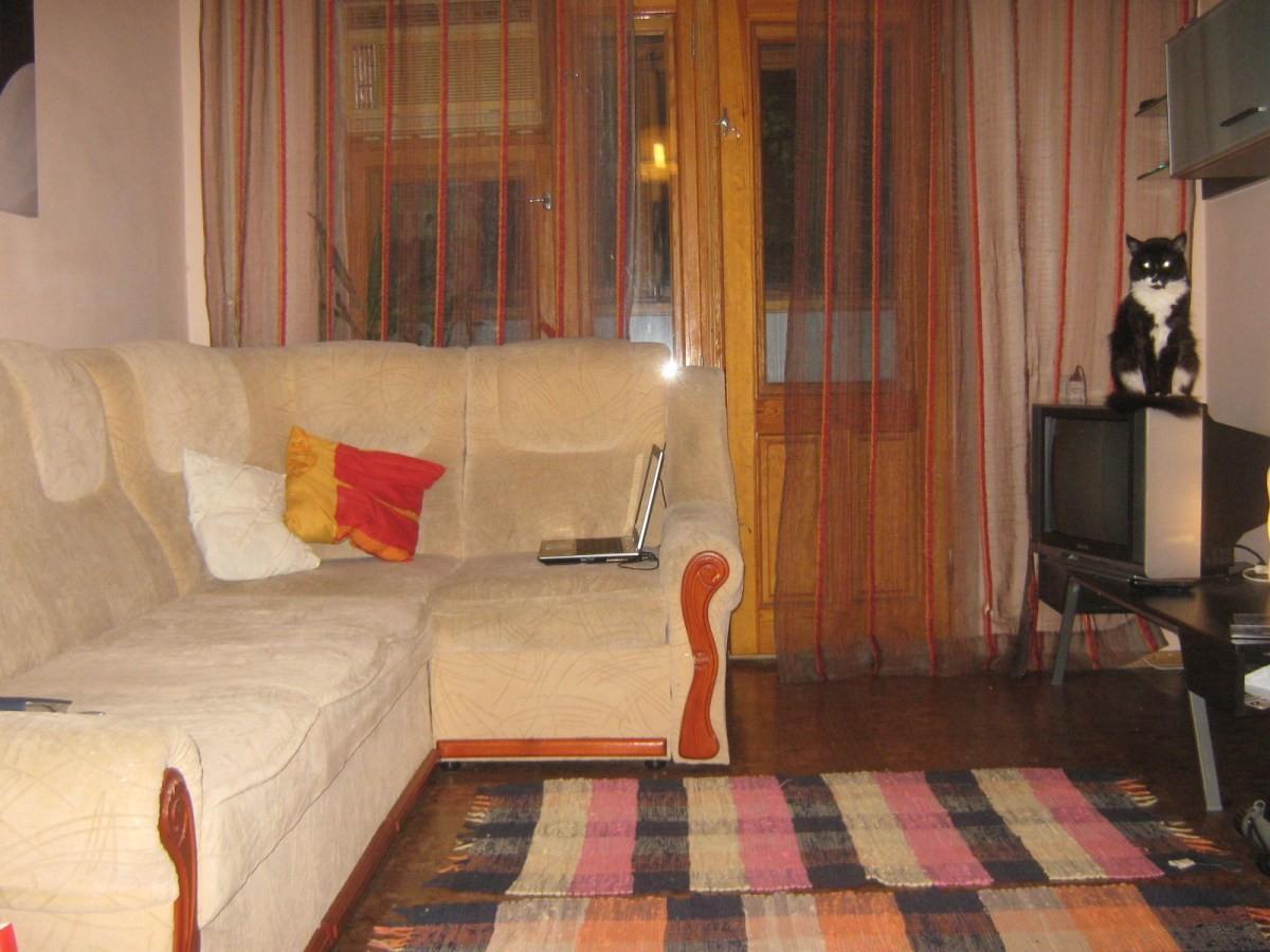 Дизайн комнат с угловыми диванами фото
