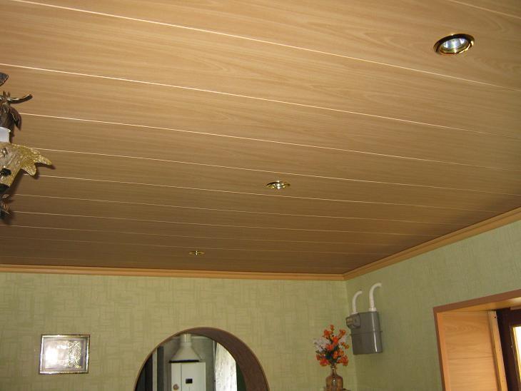 Чем отделать потолок в комнате своими руками
