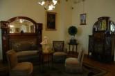 Гостиная: основы готического стиля