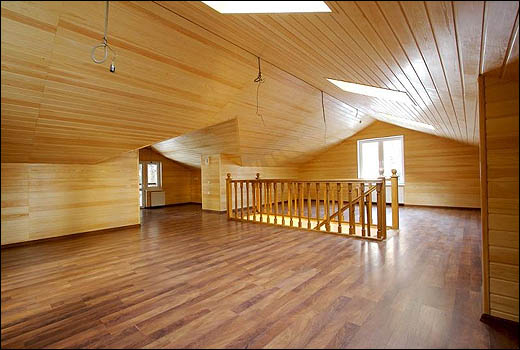 Дома от 100 до 200 кв м. Потолок - деревянная вагонка.  Внутренняя отделка.  10 Февраль 2012.