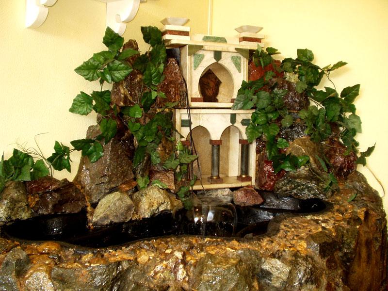 Комнатные декоративные водопады