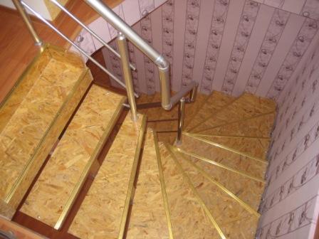 Лестница на второй этаж на даче фото