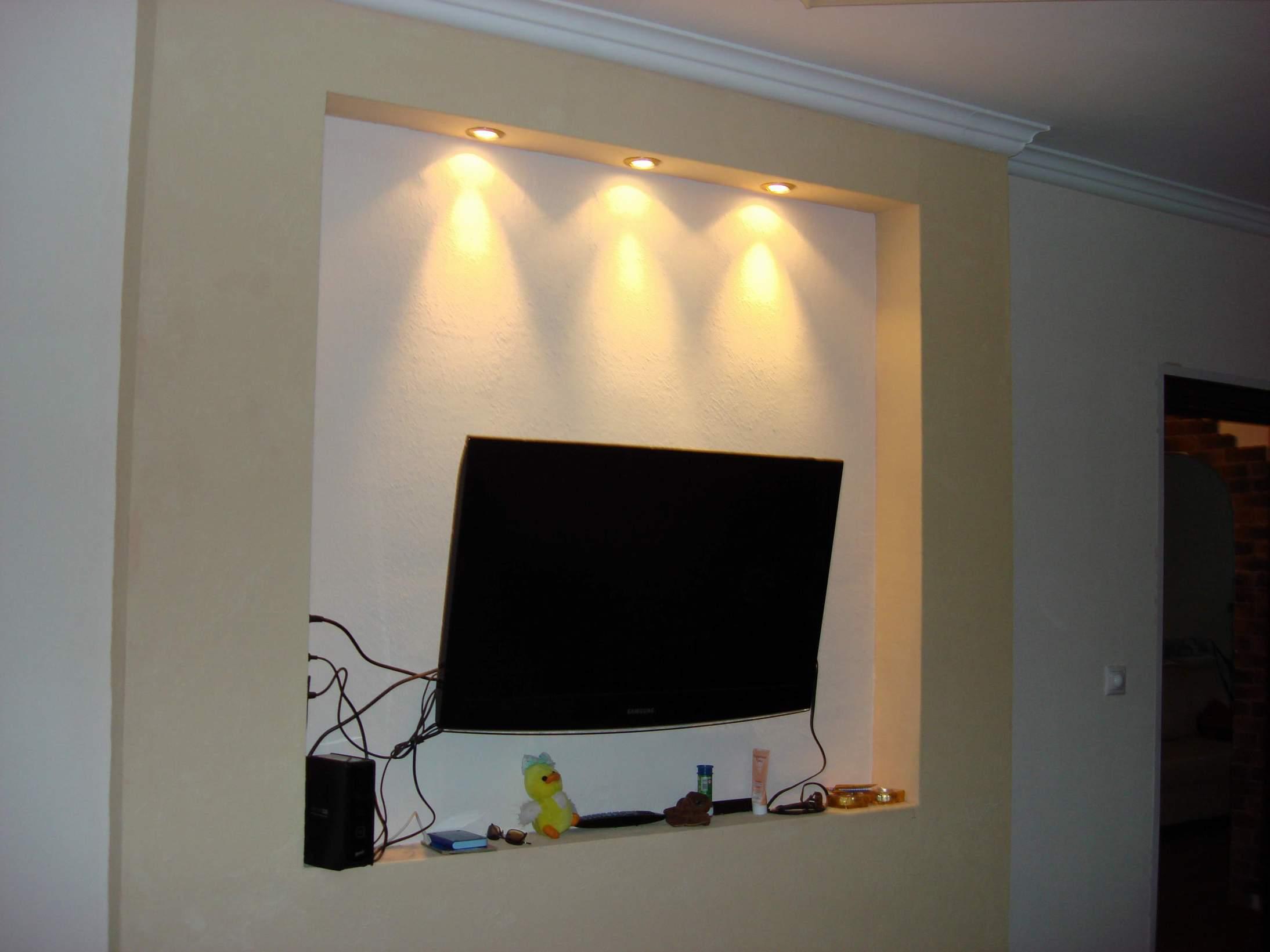 Самодельная фоновая подсветка телевизора от USB 36