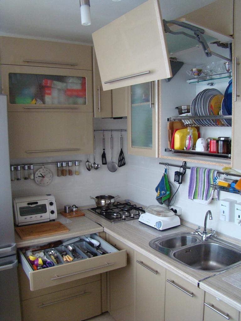 Интерьер кухни фото в брежневке