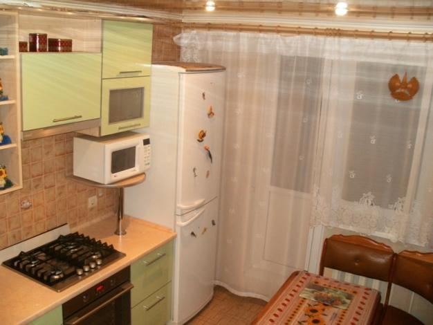 Шторы для кухни с балконной дверью - 32 фото-идеи для кухни .