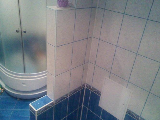 Перегородка между ванной и унитазом своими руками