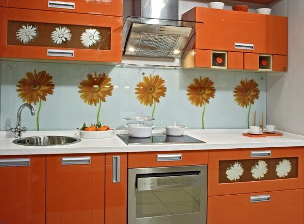 Кухни ведь кроме керамической плитки