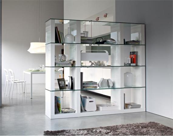 Экономичным вариантом разделения пространства комнаты является расстановка на границах зон предметов мебели...