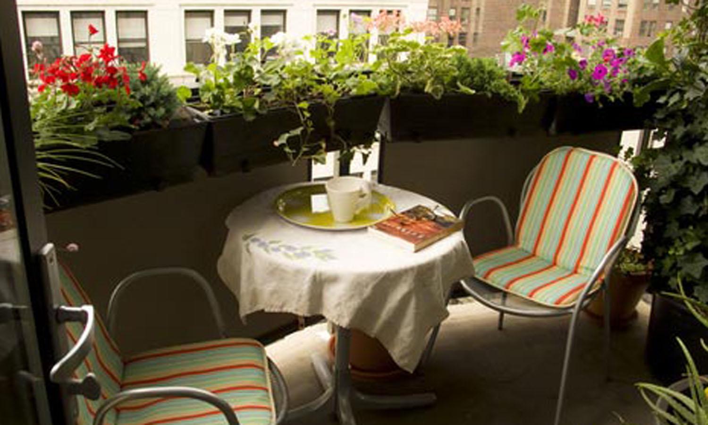Балкон с цветами дизайн фото. - остекление - каталог статей .