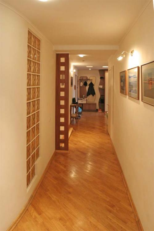 Цвет обоев в коридоре фото