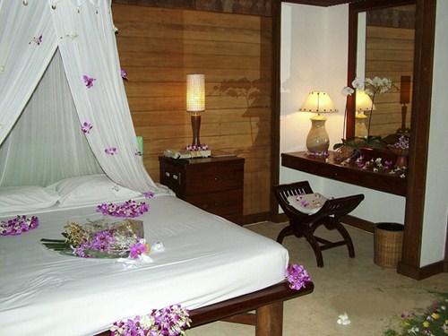 Романтическая спальня своими руками