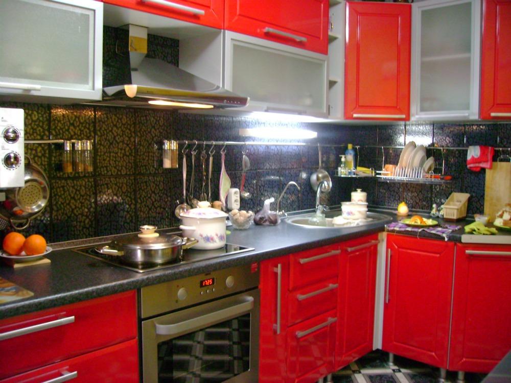 дизайн кухни фото в красных тонах