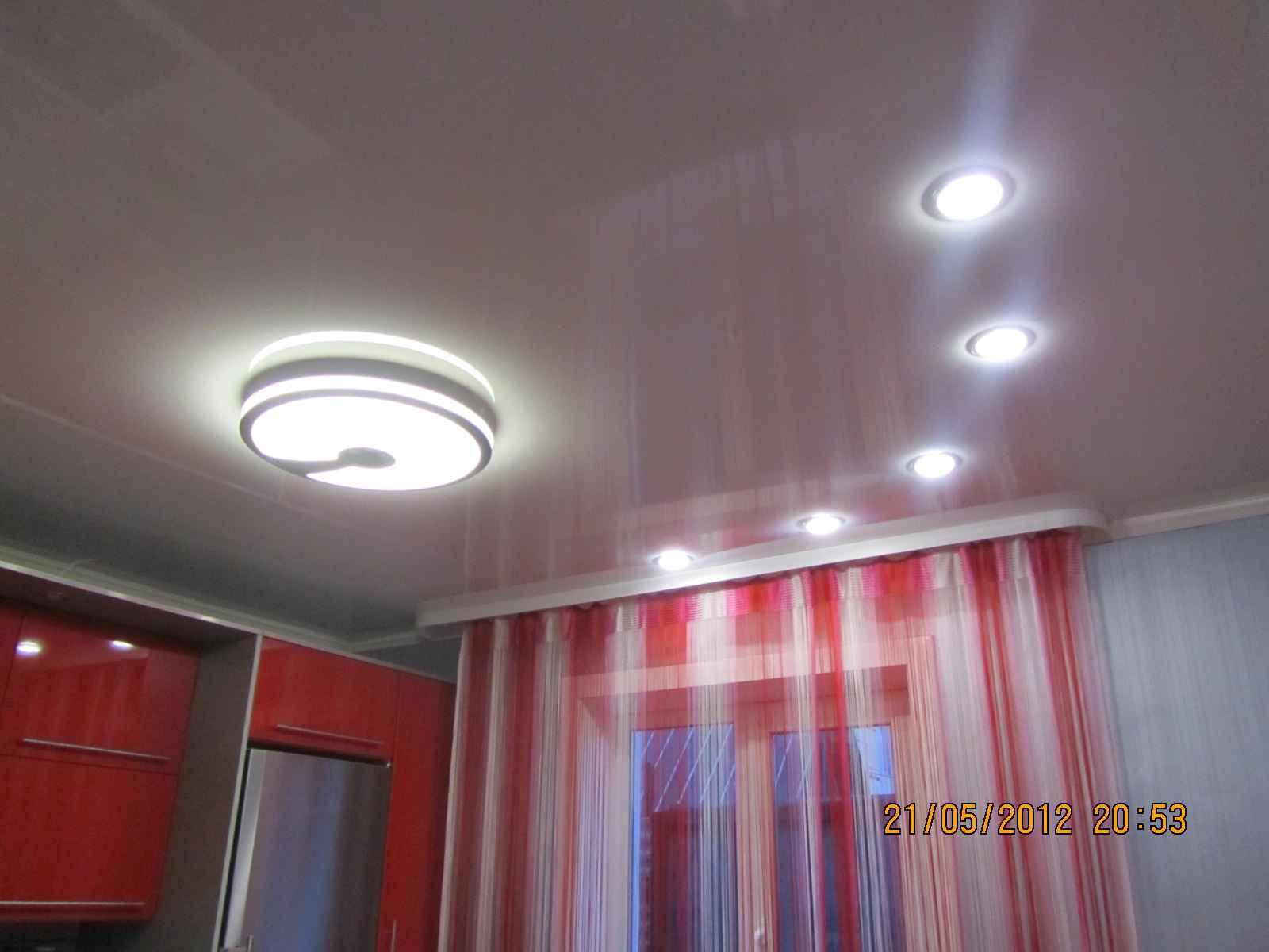 Схема расположения точечных светильников на натяжном потолке фото