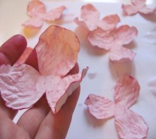Прекрасные цветы из бумаги