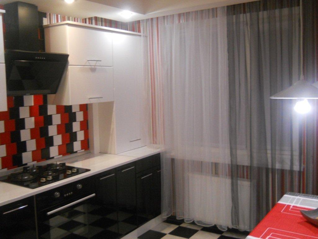 Красно черные шторы на кухню фото