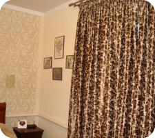 Интерьер спальни в кремово - коричневых тонах